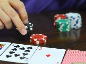 在線撲克具有跟踪軟件,可以使比賽更加激烈